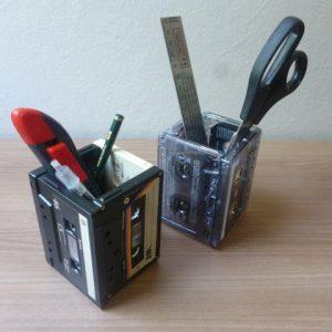 Porta Lápis de Fita K7 – Faça você mesmo