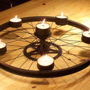 Centro de Mesa com Roda de Bicicleta – DIY