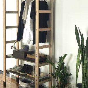 Como fazer arara com uma escada de madeira