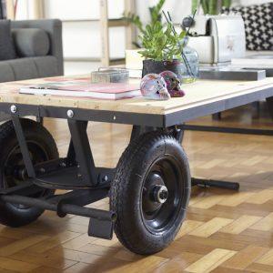 Mesa Carrinho com Rodas – Faça você mesmo